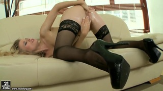 Michelle Moist oils body and fingers wet holes