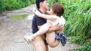 Taking turn on creampie inside asian petite