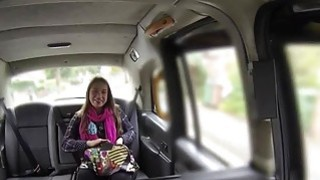 Big booty babe bangs in fake taxi