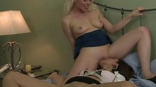 Lesbians Lorelei and Eva having sex