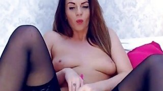 Gorgeous Babe Masturbating of Pussy in Cam