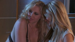 Lustful cougar Jessica Drake eats and spanks fat ass of her girlfriend