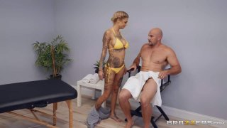 A Massage For Bonnie